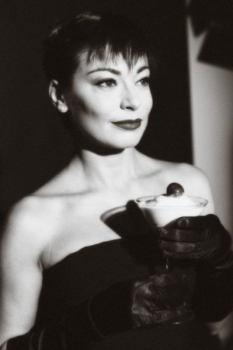 "Roberta Lanfranchi: calendario 2011 nei panni della ""stella cinematografica"" Audrey Hepburn"